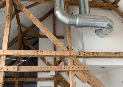 Dachstuhl mit Balken